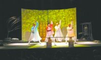 中国儿艺赴马耳他连续演出6场动漫剧《三个和尚》