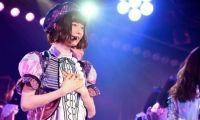 AKB48成员岛崎遥香在东京秋叶原剧场举行毕业公演
