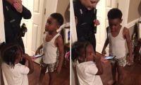 美5岁男孩报警要抓动画角色 暖心警官出警调查