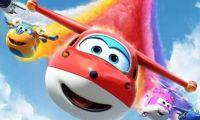 動畫片《超級飛俠》中樂迪所在的公司靠什么盈利?