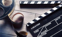 动画电影《木兰:横空出世》发布水墨风版海报